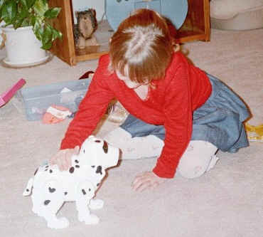 Laurel and electronic puppy
